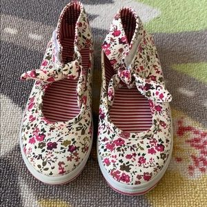 Floral Print Girls Velcro Shoes